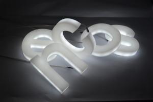 lettre éclairage type boitier