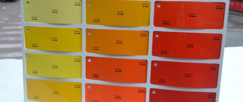 lettre adhésif orange
