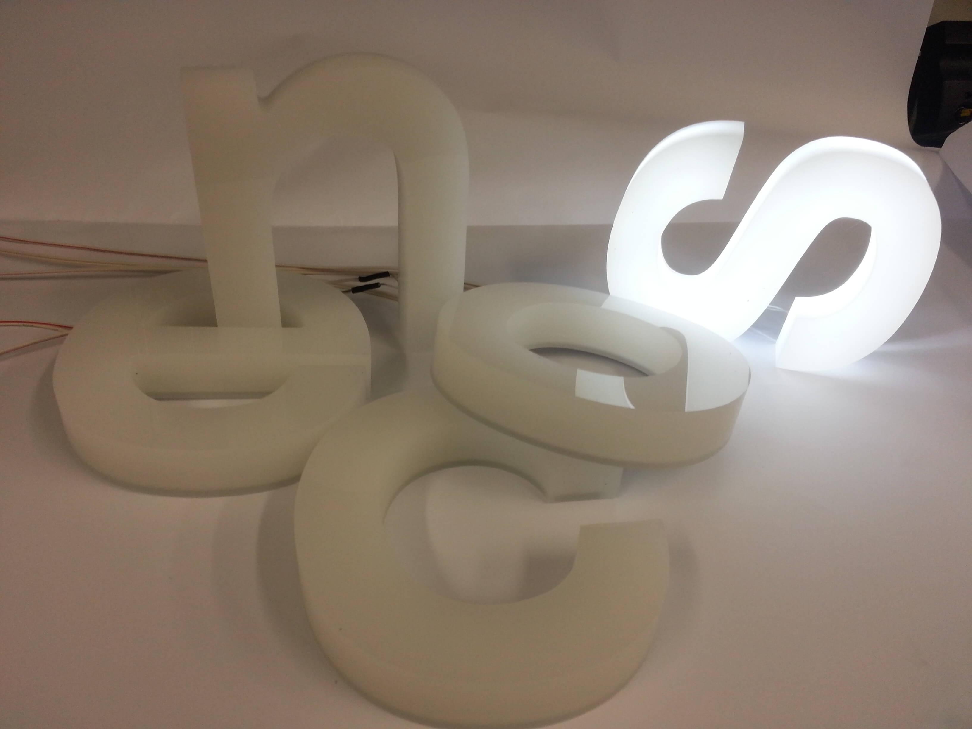 eclairage type bo tier pialex fabricant enseignes lumineuses. Black Bedroom Furniture Sets. Home Design Ideas